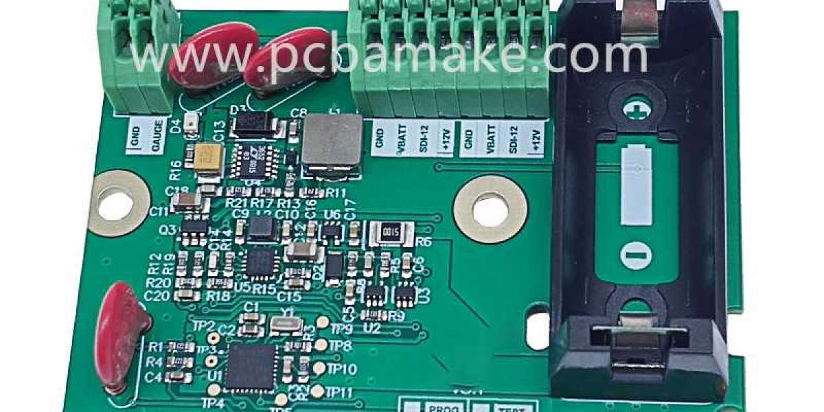 What are the factors that cause soldering defects in PCB circuit boards?